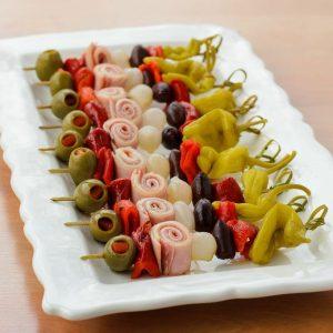 Зимно предложение (маринован лук, маслина,чушка, сланина) -1кг. цена 30,00лв.